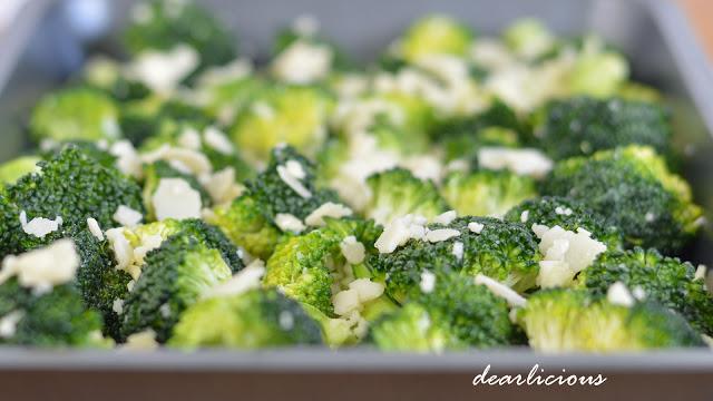 Parmesan-Brokkoli aus dem Ofen   dearlicious   http://dearlicious.blogspot.com/2016/02/ofen-parmesan-brokkoli.html