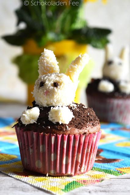 Osterhasen-Cupcakes zu Ostern | SchokoladenFee bei dearlicious | http://dearlicious.blogspot.com/2016/03/ostern-cupcakes-osterhasen.html