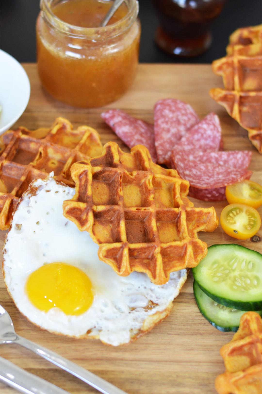 Rezept für Süßkartoffel-Waffeln | www.dearlicious.com