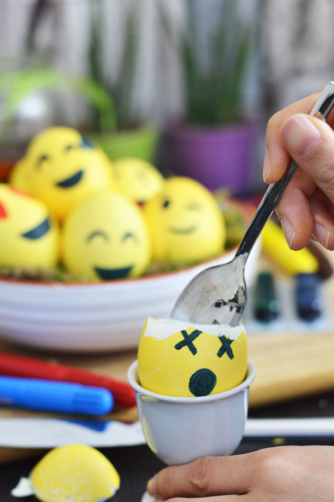 Eine Osterinspiration - DIY Emojieier | www.dearlicious.com