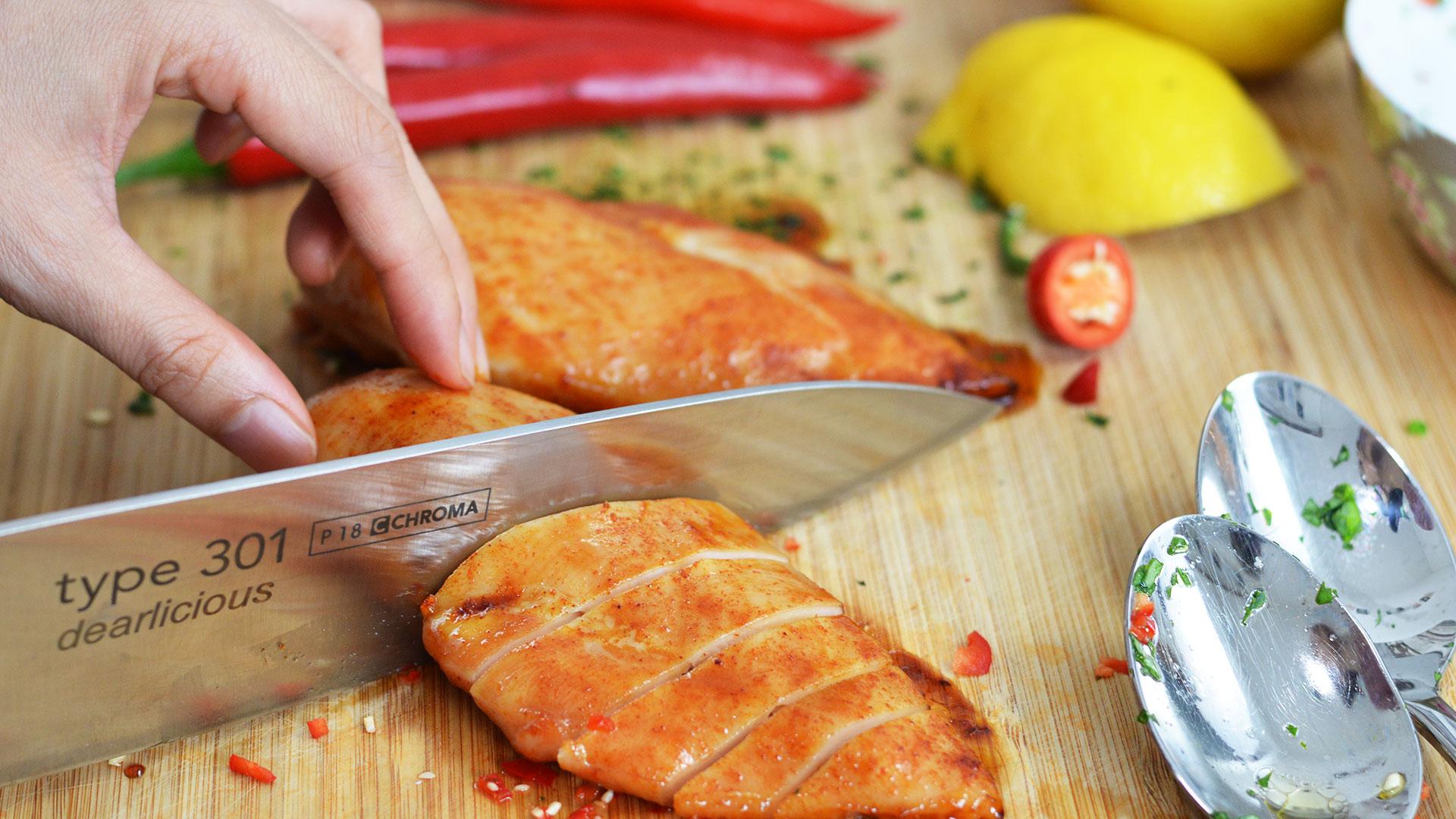 Rezept für Hähnchenbrust mit Honigglasur, Basilikum und Chili | www.dearlicious.com |Dear Nitjakan Bunbuamas
