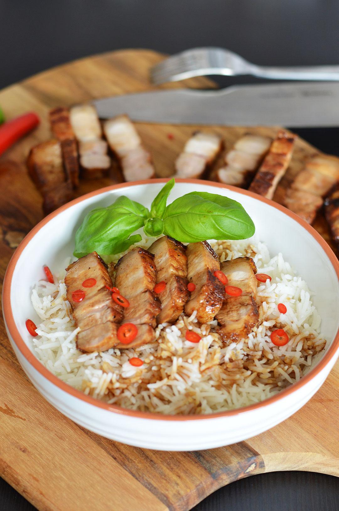 Rezept für karamellisierten Schweinebauch | www.dearlicious.com
