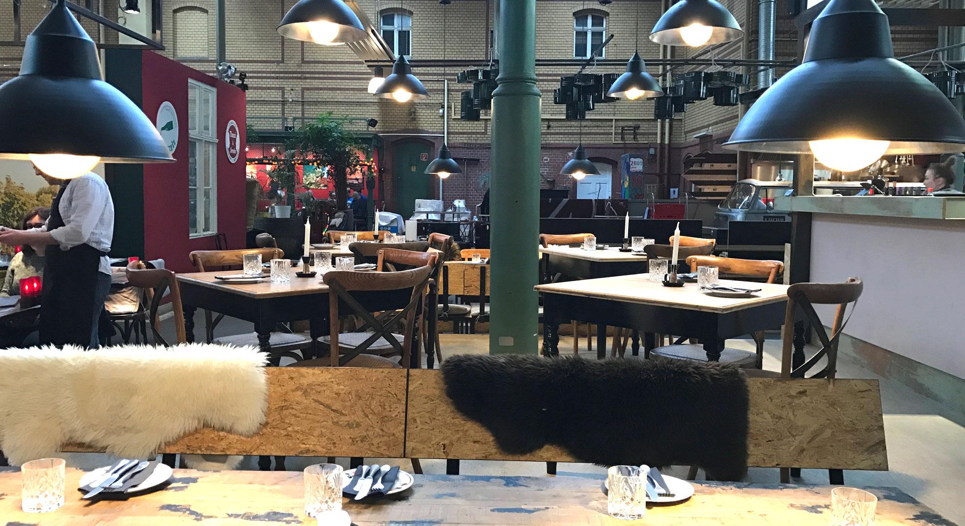 Flanieren in der MArkthalle Moabit in Berlin | www.dearlicious.com