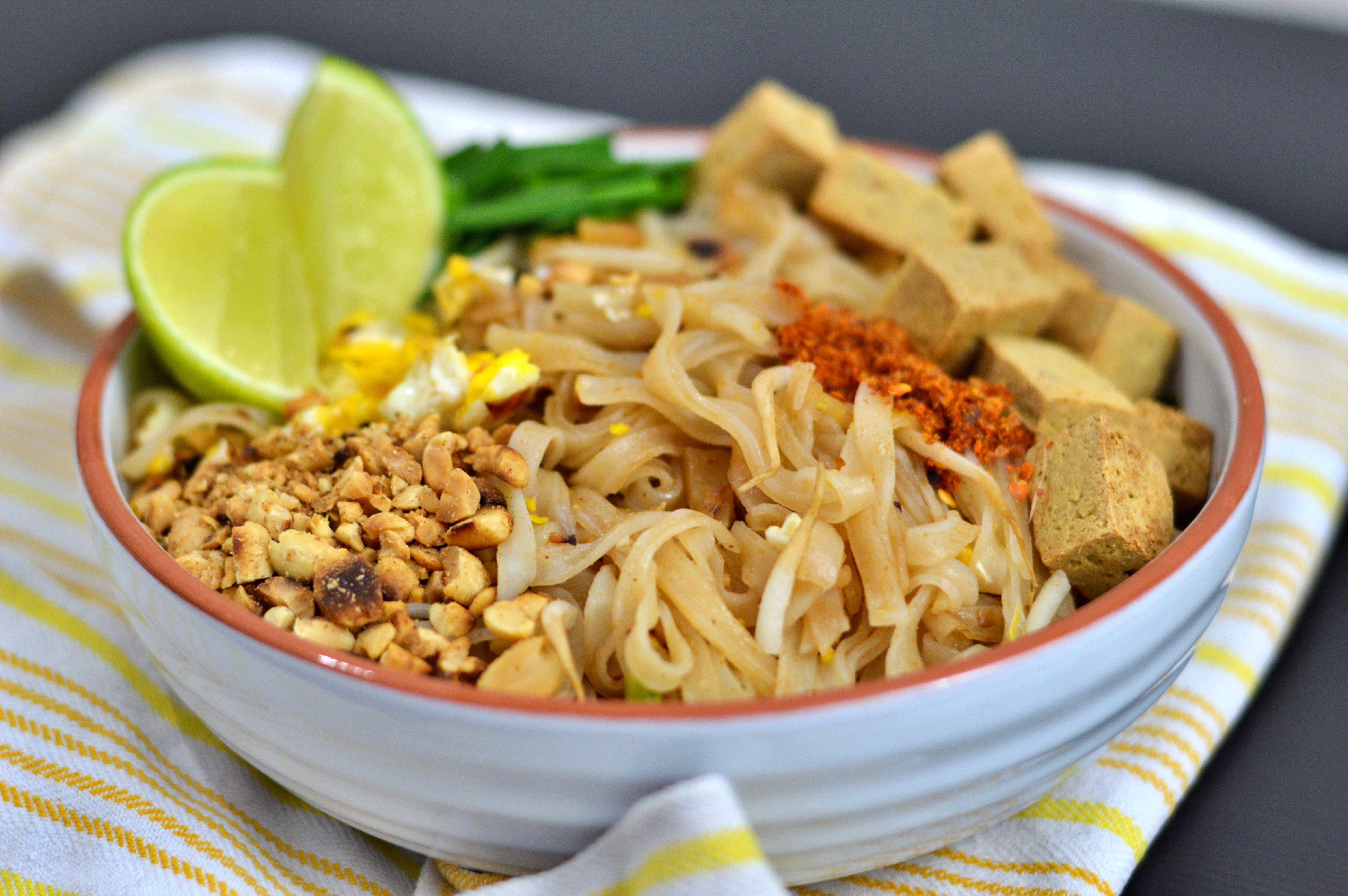 Rezept für fast vegetarisches Pad Thai | www.dearlicious.com