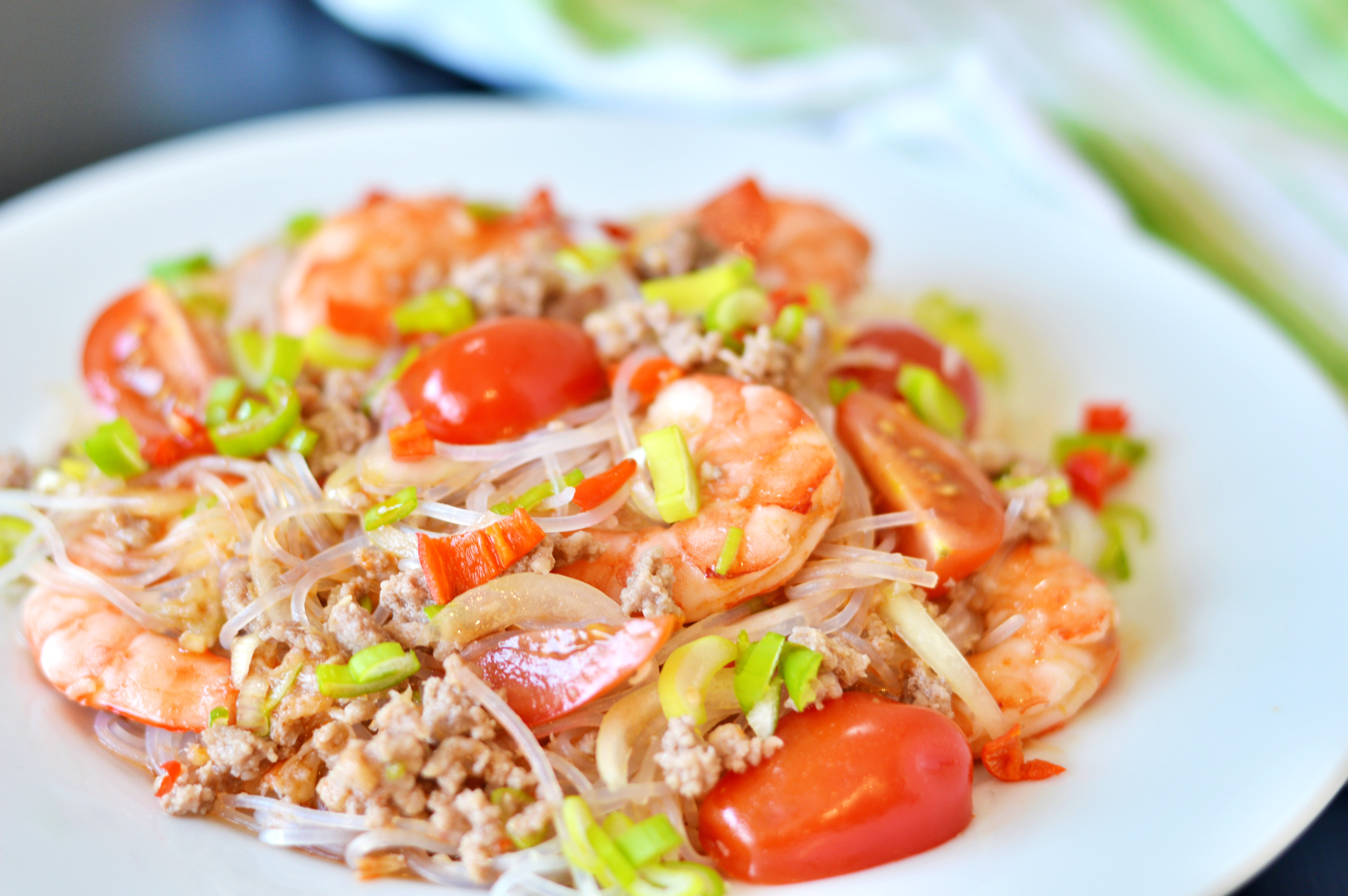 Rezept für thailändischen Glasnudelsalat - Yam Woon Sen | www.dearlicious.com
