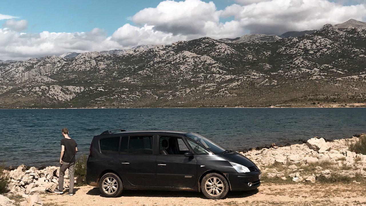 Mit dem Auto reisen - Reisegadgets | www.dearlicious.com